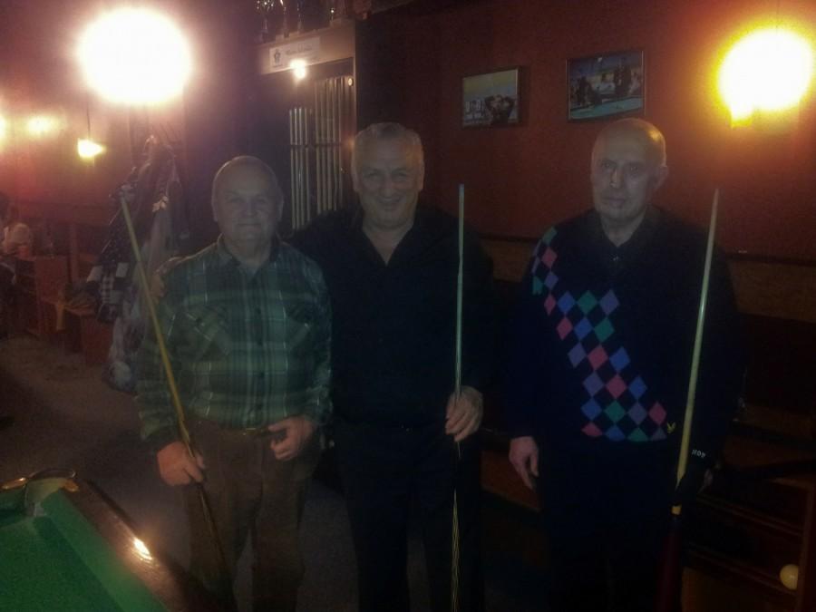 Grupės virš 65 metų prizininkai - Eduard Krasovskij (2 vieta), Džonik Kuprašvili (1 vieta), Vladimir Repnikov (3 vieta)